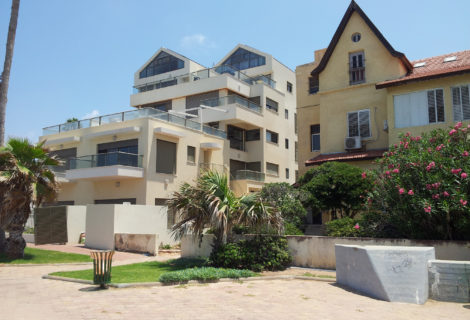 Condominiums on Bat-Galim