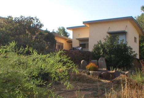בית מגורים בכורזים